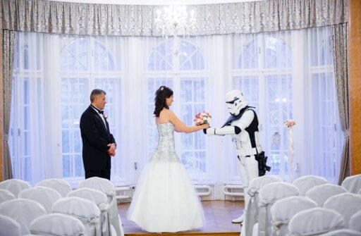 Esküvő az Ádám Villában